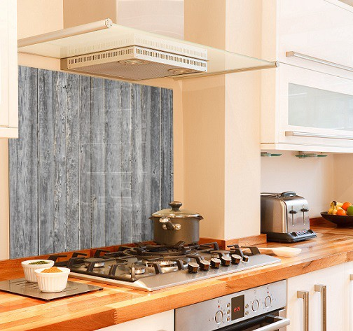 Aged-wood diy kitchen glass splashback