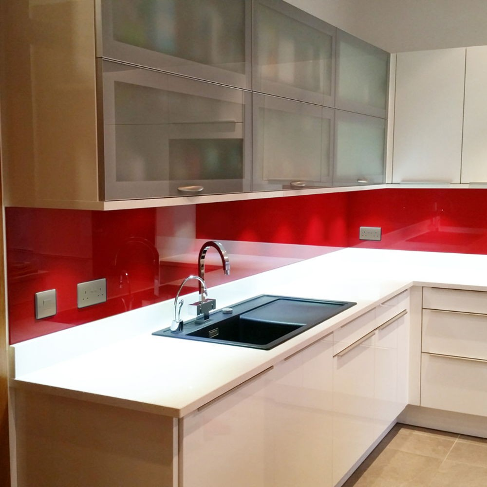 Red Painted Glass Splashback 700mm x 750mm