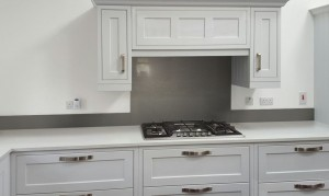 Metallic Pearl Mouse grey diy glass kitchen splashback